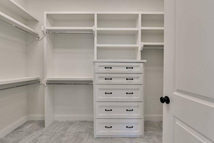 prather-closet